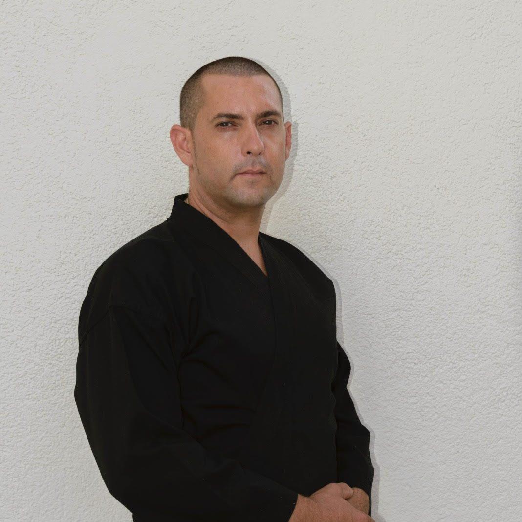 ANTONIO MESEGUER